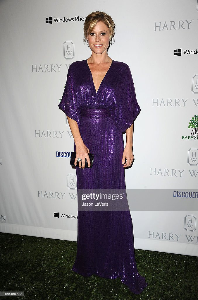 Actress <a gi-track='captionPersonalityLinkClicked' href=/galleries/search?phrase=Julie+Bowen&family=editorial&specificpeople=244057 ng-click='$event.stopPropagation()'>Julie Bowen</a> attends the 1st annual Baby2Baby gala at Book Bindery on November 3, 2012 in Culver City, California.
