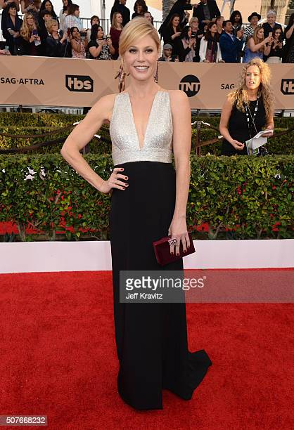 Actress Julie Bowen attends the 22nd Annual Screen Actors Guild Awards at The Shrine Auditorium on January 30 2016 in Los Angeles California