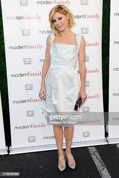 Actress Julie Bowen attends the ATAS Screening of the 'Modern Family' Season Finale 'American Skyper' at the Fox Studio Lot on May 18 2015 in Century...