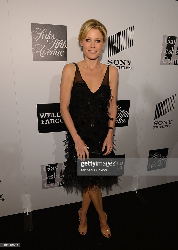 Actress <a gi-track='captionPersonalityLinkClicked' href=/galleries/search?phrase=Julie+Bowen&family=editorial&specificpeople=244057 ng-click='$event.stopPropagation()'>Julie Bowen</a> attends the 'Evening Benefitting The L.A. Gay & Lesbian Center Honoring Amy Pascal and Ralph Rucci' at the Beverly Wilshire Four Seasons Hotel on March 21, 2013 in Beverly Hills, California.