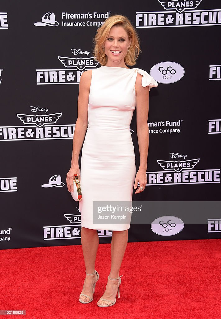 Actress Julie Bowen attends the premiere of Disney's 'Planes: Fire & Rescue' at the El Capitan Theatre on July 15, 2014 in Hollywood, California.
