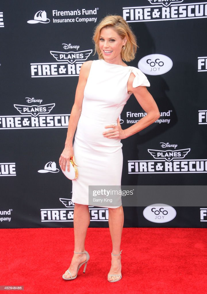 Actress <a gi-track='captionPersonalityLinkClicked' href=/galleries/search?phrase=Julie+Bowen&family=editorial&specificpeople=244057 ng-click='$event.stopPropagation()'>Julie Bowen</a> attends the premiere of 'Planes: Fire & Rescue' on July 15, 2014 at the El Capitan Theatre in Hollywood, California.
