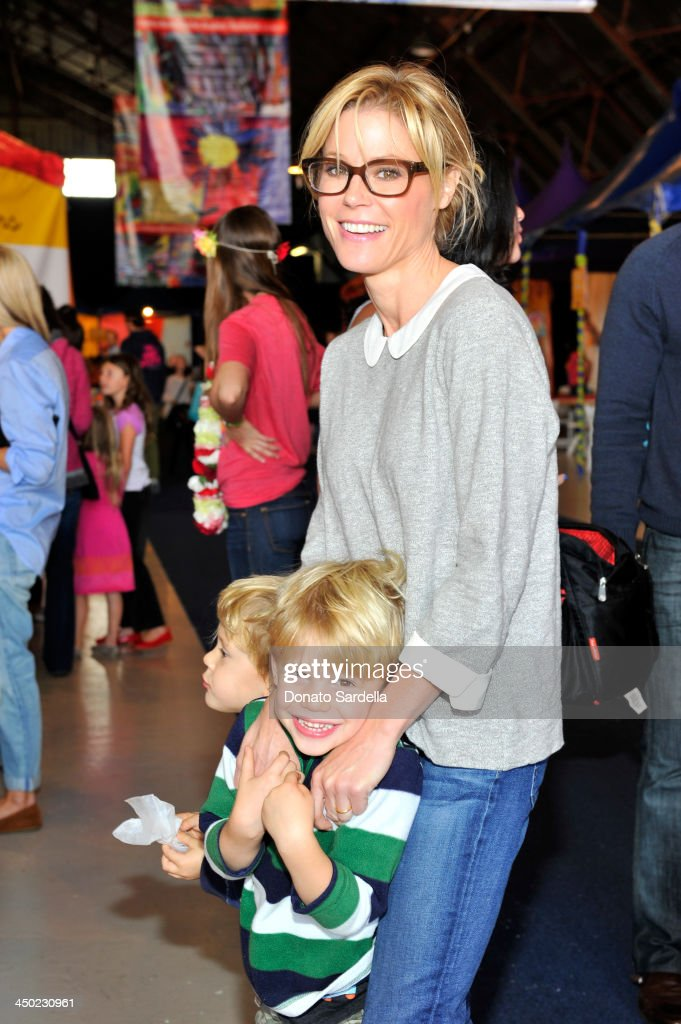 Actress <a gi-track='captionPersonalityLinkClicked' href=/galleries/search?phrase=Julie+Bowen&family=editorial&specificpeople=244057 ng-click='$event.stopPropagation()'>Julie Bowen</a> attends the P.S. Arts Express Yourself 2013 event held at Barker Hangar on November 17, 2013 in Santa Monica, California.