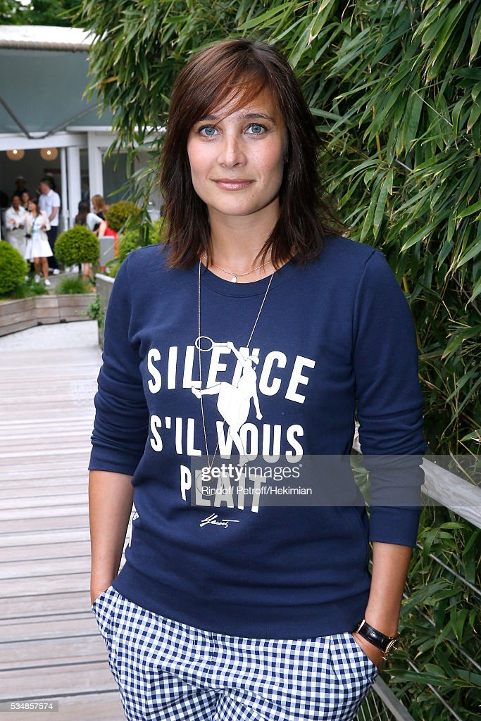 Actress Julie de Bona attends Day Seven of the 2016 French Tennis Open at Roland Garros on May 28, 2016 in Paris, France.