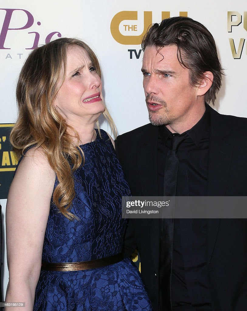 Actress <a gi-track='captionPersonalityLinkClicked' href=/galleries/search?phrase=Julie+Delpy&family=editorial&specificpeople=201914 ng-click='$event.stopPropagation()'>Julie Delpy</a> (L) and actor <a gi-track='captionPersonalityLinkClicked' href=/galleries/search?phrase=Ethan+Hawke&family=editorial&specificpeople=178274 ng-click='$event.stopPropagation()'>Ethan Hawke</a> attend the 19th Annual Critics' Choice Movie Awards at Barker Hangar on January 16, 2014 in Santa Monica, California.