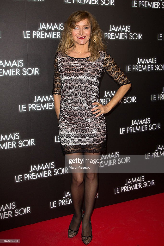 Actress <a gi-track='captionPersonalityLinkClicked' href=/galleries/search?phrase=Julie+Ferrier&family=editorial&specificpeople=5644714 ng-click='$event.stopPropagation()'>Julie Ferrier</a> attends the 'Jamais le premier soir' Premiere on December 19, 2013 in Paris, France.