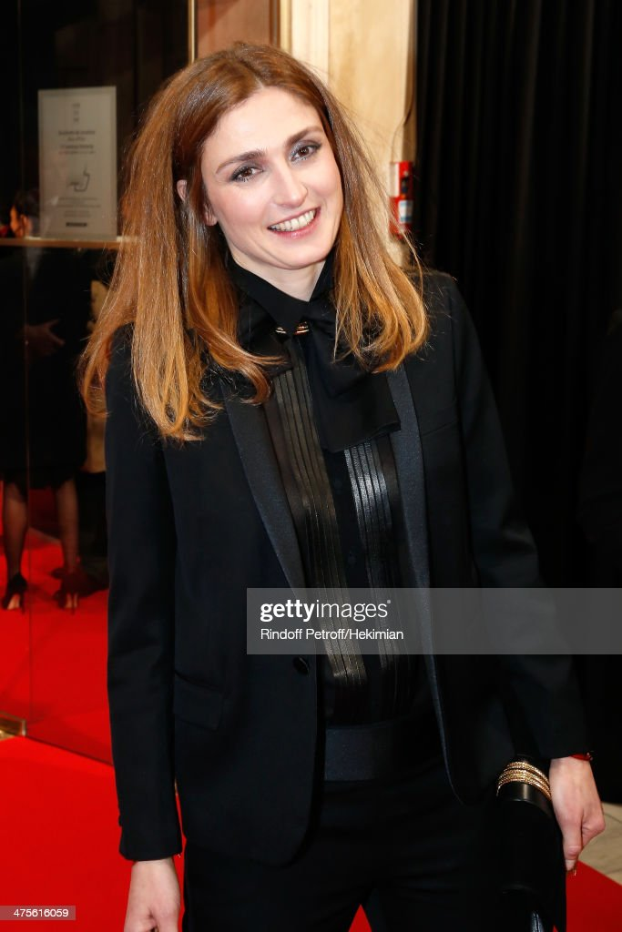 Actress <a gi-track='captionPersonalityLinkClicked' href=/galleries/search?phrase=Julie+Gayet&family=editorial&specificpeople=221651 ng-click='$event.stopPropagation()'>Julie Gayet</a> arrives for the 39th Cesar Film Awards 2014 at Theatre du Chatelet on February 28, 2014 in Paris, France.