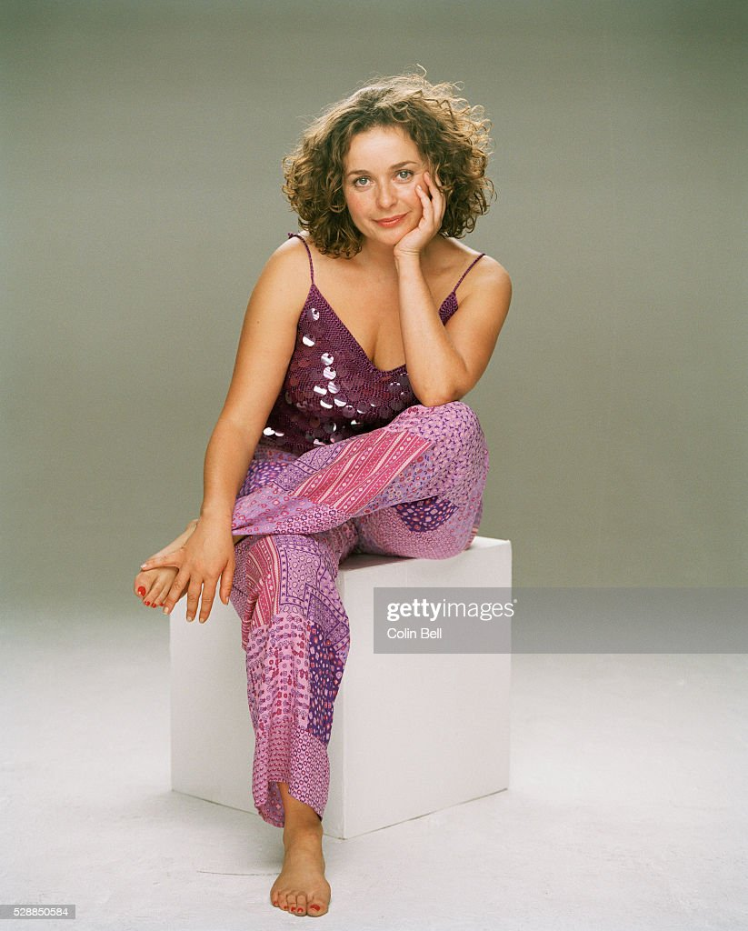julia sawalha and alan davies