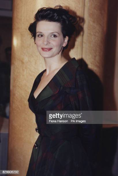 Actress Juliette Binoche at the premiere of The English Patient
