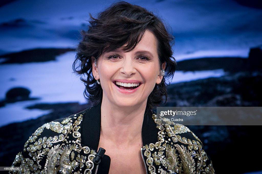 Actress <a gi-track='captionPersonalityLinkClicked' href=/galleries/search?phrase=Juliette+Binoche&family=editorial&specificpeople=209273 ng-click='$event.stopPropagation()'>Juliette Binoche</a> attends 'El Hormiguero' Tv Show on November 2, 2015 in Madrid, Spain.