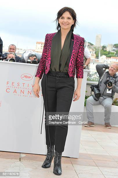 Actress Juliette Binoche attends the 'Slack Bay' Photocall during the 69th annual Cannes Film Festival at the Palais des Festivals on May 13 2016 in...