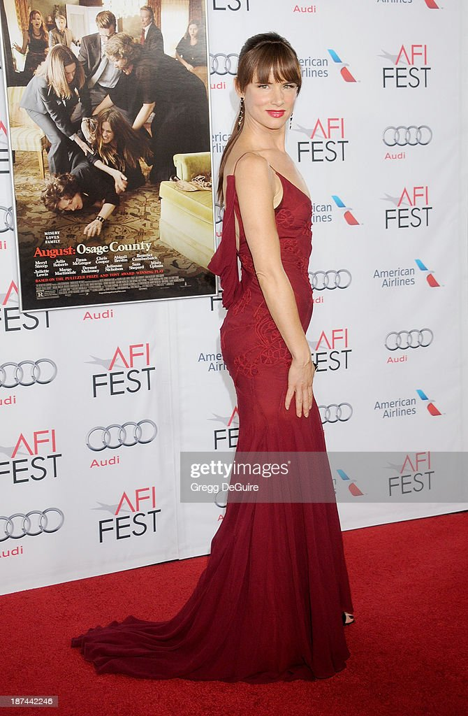 Actress Juliette Lewis arrives at the AFI FEST 2013 Gala Screening of 'August: Osage County' at TCL Chinese Theatre on November 8, 2013 in Hollywood, California.