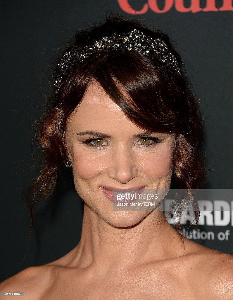 Actress <a gi-track='captionPersonalityLinkClicked' href=/galleries/search?phrase=Juliette+Lewis&family=editorial&specificpeople=202873 ng-click='$event.stopPropagation()'>Juliette Lewis</a> arrives at the premiere of The Weinstein Company's 'August: Osage County' at Regal Cinemas L.A. Live on December 16, 2013 in Los Angeles, California.