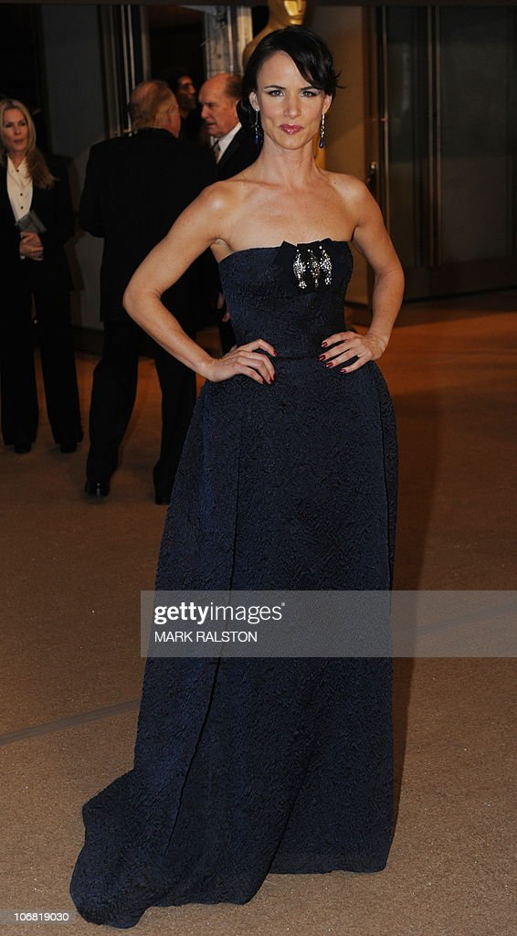 Actress Juliette Lewis arrives on the red carpet for the 2010 Oscars Governors Awards at the Hollywood and Highland Center in Hollywood on November 13, 2010. AFP PHOTO/Mark RALSTON