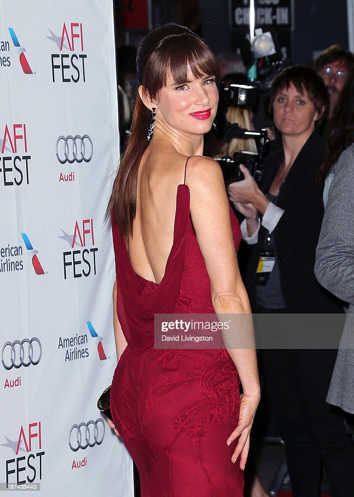 Actress Juliette Lewis attends the AFI FEST 2013 presented by Audi premiere of The Weinstein Company's 'August: Osage County' at the TCL Chinese Theatre on November 8, 2013 in Hollywood, California.