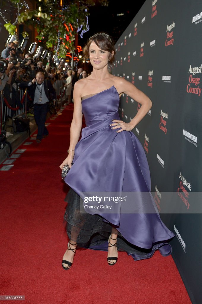 Actress <a gi-track='captionPersonalityLinkClicked' href=/galleries/search?phrase=Juliette+Lewis&family=editorial&specificpeople=202873 ng-click='$event.stopPropagation()'>Juliette Lewis</a> attends the LA premiere Of 'August: Osage County' presented by The Weinstein Company in partnership with Bombardier at Regal Cinemas L.A. Live on December 16, 2013 in Los Angeles, California.
