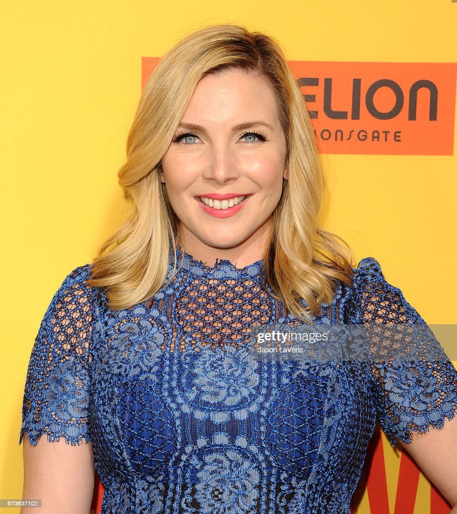 Actress June Diane Raphael Attends The Premiere Of 'how To Be A Latin Lover'