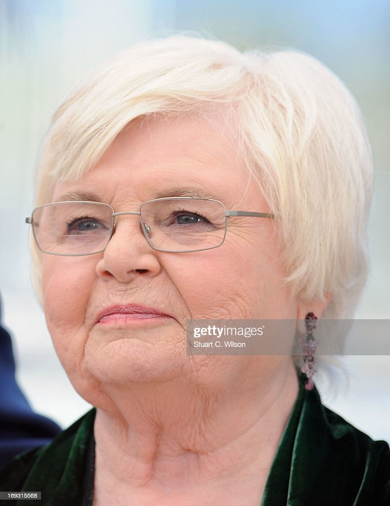 Actress <a gi-track='captionPersonalityLinkClicked' href=/galleries/search?phrase=June+Squibb&family=editorial&specificpeople=3089431 ng-click='$event.stopPropagation()'>June Squibb</a> attends the Photocall for 'Nebraska' during The 66th Annual Cannes Film Festival at the Palais des Festival on May 23, 2013 in Cannes, France.