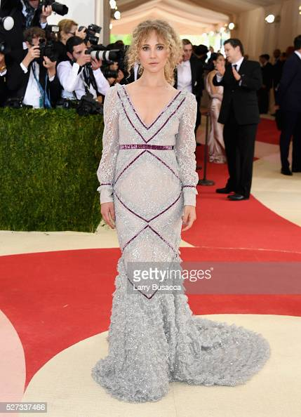 Actress Juno Temple attends the 'Manus x Machina Fashion In An Age Of Technology' Costume Institute Gala at Metropolitan Museum of Art on May 2 2016...