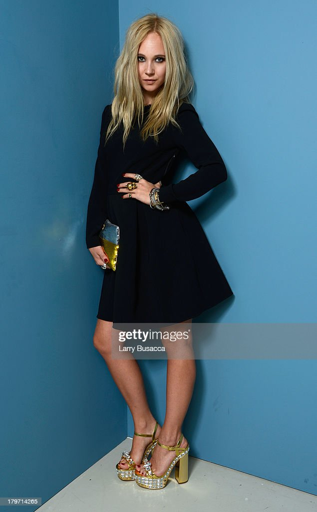Actress Juno Temple of 'Horns' poses at the Guess Portrait Studio during 2013 Toronto International Film Festival on September 6 2013 in Toronto...
