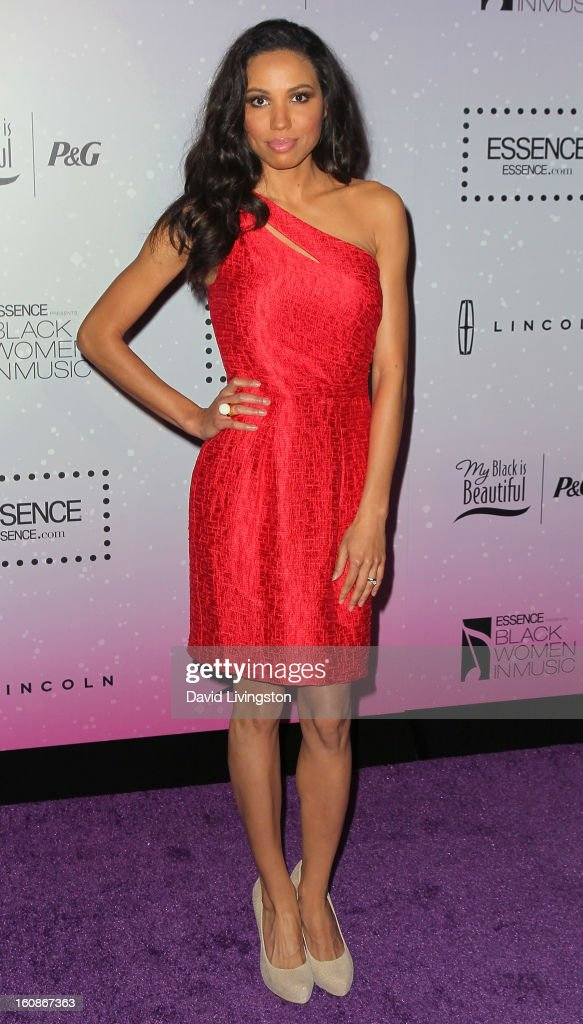 Actress <a gi-track='captionPersonalityLinkClicked' href=/galleries/search?phrase=Jurnee+Smollett&family=editorial&specificpeople=614220 ng-click='$event.stopPropagation()'>Jurnee Smollett</a> attends the 4th Annual ESSENCE Black Women In Music honoring Lianne La Havas and Solange Knowles at Greystone Manor Supperclub on February 6, 2013 in West Hollywood, California.