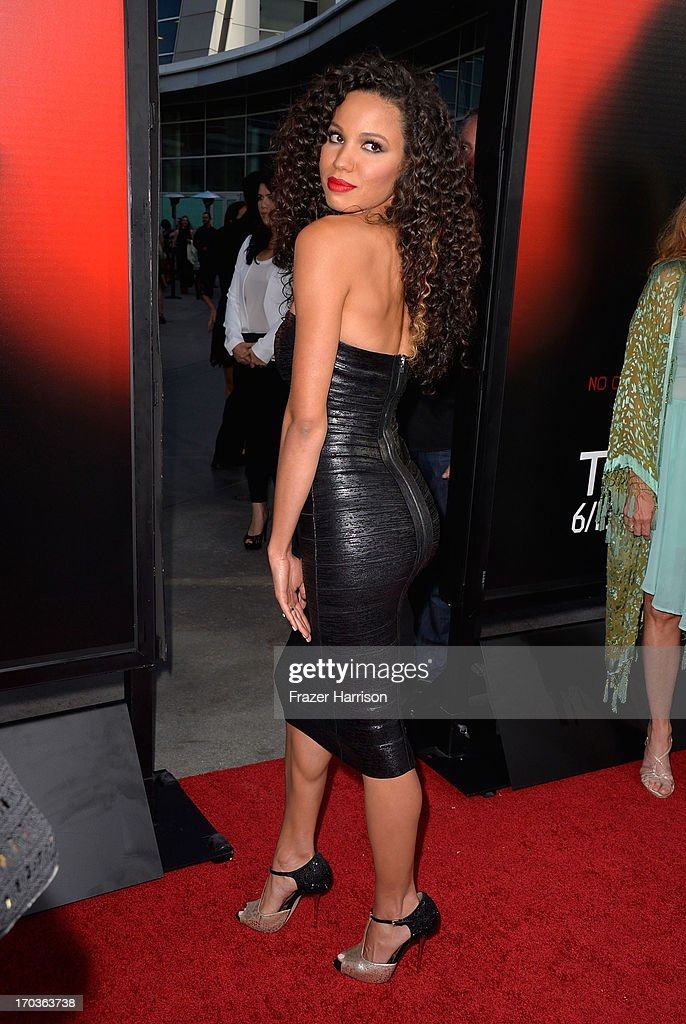Actress <a gi-track='captionPersonalityLinkClicked' href=/galleries/search?phrase=Jurnee+Smollett&family=editorial&specificpeople=614220 ng-click='$event.stopPropagation()'>Jurnee Smollett</a>-Bell attends the premiere of HBO's 'True Blood' Season 6 at ArcLight Cinemas Cinerama Dome on June 11, 2013 in Hollywood, California.