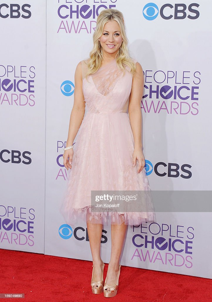 Actress Kaley Cuoco arrives at the 2013 People's Choice Awards at Nokia Theatre L.A. Live on January 9, 2013 in Los Angeles, California.