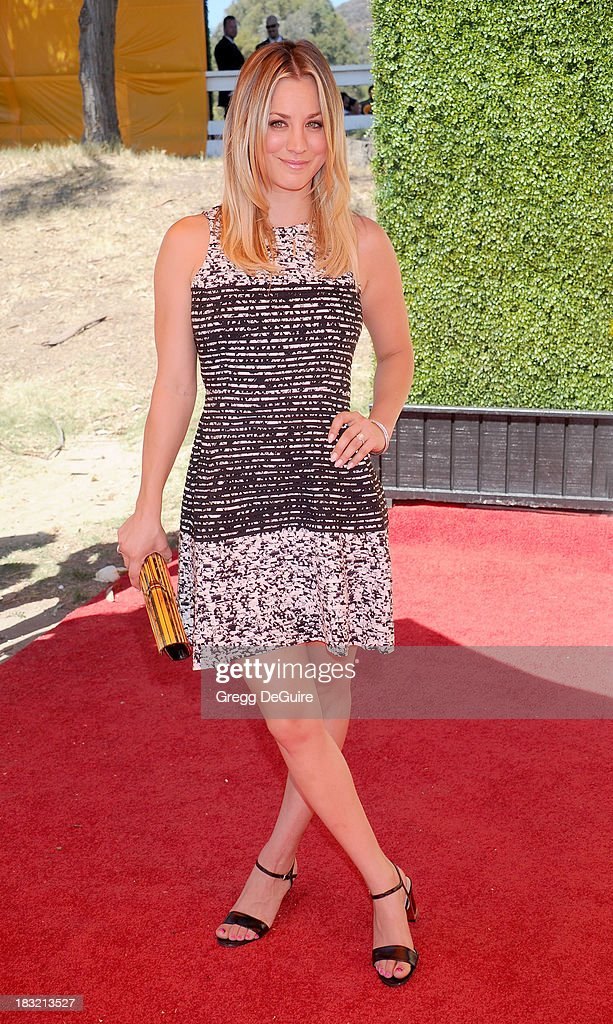Actress <a gi-track='captionPersonalityLinkClicked' href=/galleries/search?phrase=Kaley+Cuoco&family=editorial&specificpeople=208988 ng-click='$event.stopPropagation()'>Kaley Cuoco</a> arrives at the Veuve Clicquot Polo Classic at Will Rogers State Historic Park on October 5, 2013 in Pacific Palisades, California.