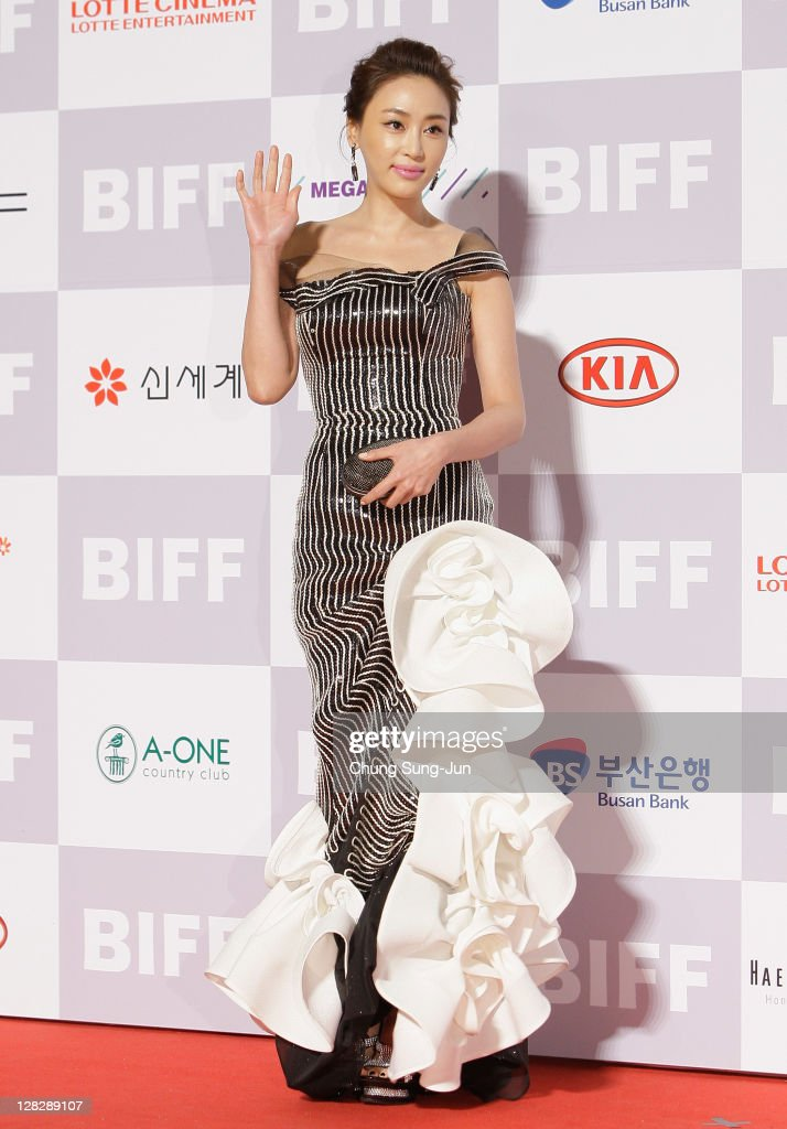Actress Kang Ye-Won arrives for the opening ceremony of the 16th Busan International Film Festival (BIFF) at the Busan Cinema Center on October 6, 2011 in Busan, South Korea. The biggest film festival in Asia showcases 307 films from 70 countries and runs from October 6-14.