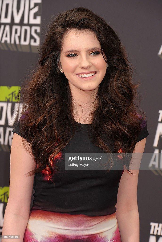 Actress Kara Hayward arrives at the 2013 MTV Movie Awards at Sony Pictures Studios on April 14, 2013 in Culver City, California.