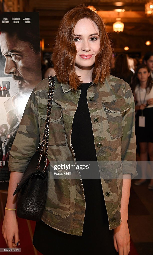 Actress <a gi-track='captionPersonalityLinkClicked' href=/galleries/search?phrase=Karen+Gillan&family=editorial&specificpeople=6876471 ng-click='$event.stopPropagation()'>Karen Gillan</a> attends 'Captain America: Civil War' Atlanta cast & filmmakers screening at The Fox Theatre on May 1, 2016 in Atlanta, Georgia.