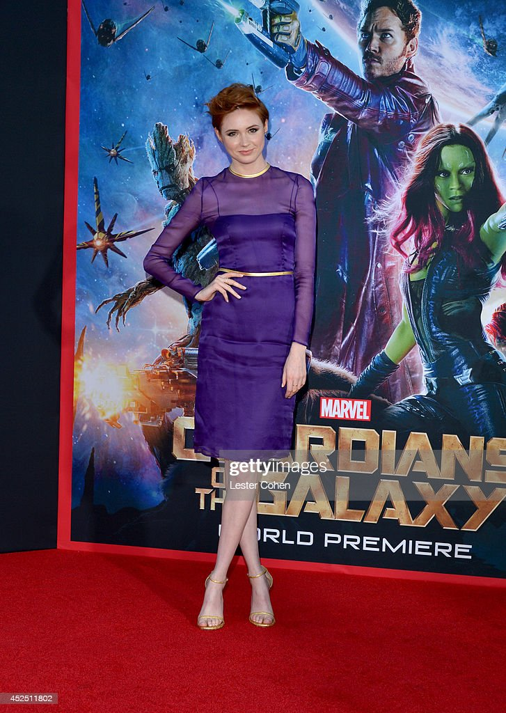 Actress <a gi-track='captionPersonalityLinkClicked' href=/galleries/search?phrase=Karen+Gillan&family=editorial&specificpeople=6876471 ng-click='$event.stopPropagation()'>Karen Gillan</a> attends the premiere of Marvel's 'Guardians Of The Galaxy' at the El Capitan Theatre on July 21, 2014 in Hollywood, California.