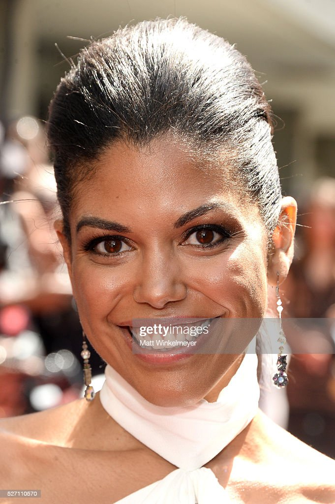 Actress <a gi-track='captionPersonalityLinkClicked' href=/galleries/search?phrase=Karla+Cheatham+Mosley&family=editorial&specificpeople=11009378 ng-click='$event.stopPropagation()'>Karla Cheatham Mosley</a> walks the red carpet at the 43rd Annual Daytime Emmy Awards at the Westin Bonaventure Hotel on May 1, 2016 in Los Angeles, California.