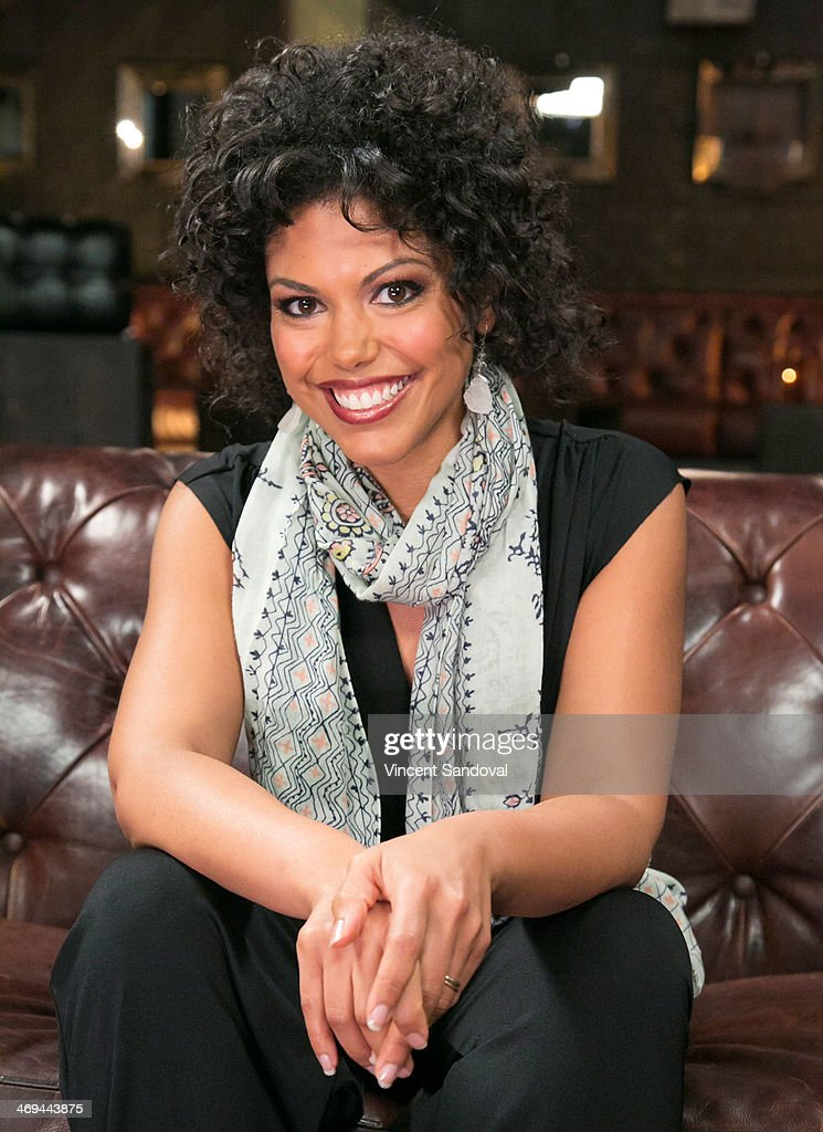 Actress Karla Mosley attends Kevin Frazier hosts roundtable discussion with CBS Daytime's NAACP Award Nominees at The Sayers Club on February 14, 2014 in Hollywood, California.