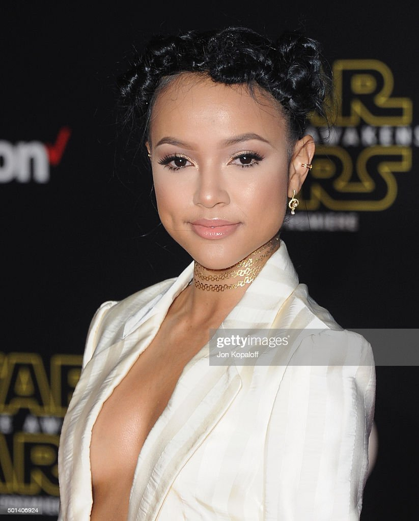 Actress Karrueche Tran arrives at the Los Angeles Premiere 'Star Wars: The Force Awakens' on December 14, 2015 in Hollywood, California.