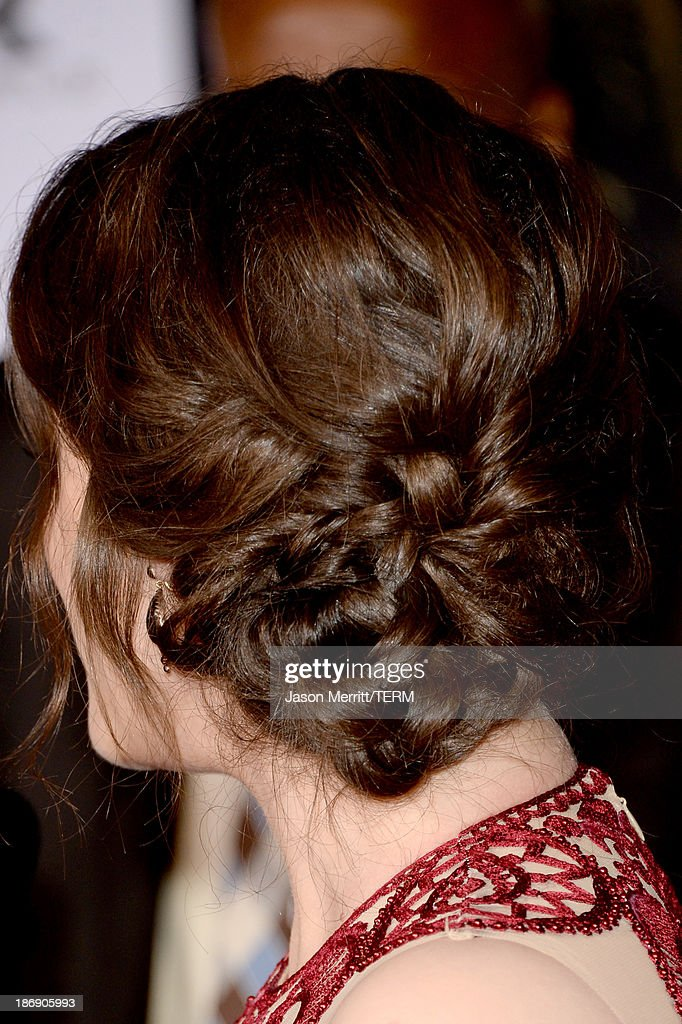 Actress Kat Dennings (hair detail) arrives at the premiere of Marvel's 'Thor: The Dark World' at the El Capitan Theatre on November 4, 2013 in Hollywood, California.