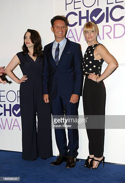 Actress Kat Dennings Executive Producer Mark Burnett and actress Beth Behrs attend People's Choice Awards 2014 Nominations Press Conference at The...