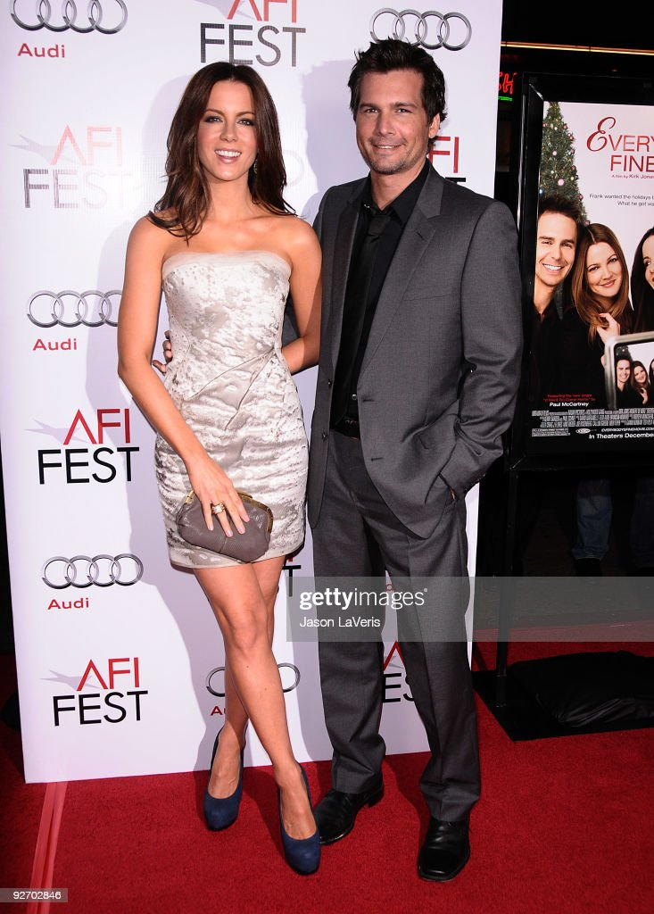 "2009 AFI Fest - ""Everybody's Fine"" Los Angeles Premiere"