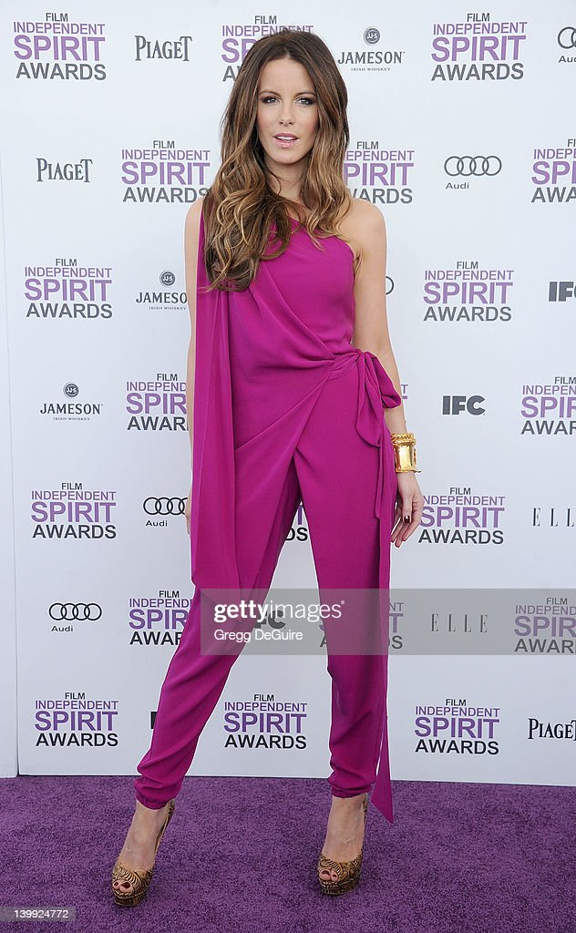 Actress Kate Beckinsale arrives at the 2012 Film Independent Spirit Awards at Santa Monica Pier on February 25, 2012 in Santa Monica, California.
