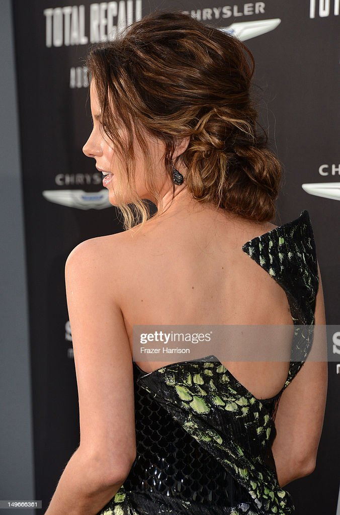 Actress Kate Beckinsale arrives at the premiere of Columbia Pictures' 'Total Recall' held at Grauman's Chinese Theatre on August 1, 2012 in Hollywood, California