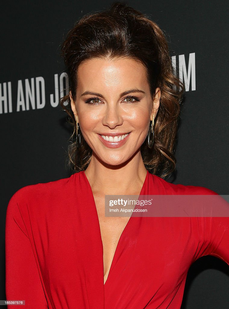 Actress <a gi-track='captionPersonalityLinkClicked' href=/galleries/search?phrase=Kate+Beckinsale&family=editorial&specificpeople=202911 ng-click='$event.stopPropagation()'>Kate Beckinsale</a> attends FIJI Water at the 9th Annual Pink Party Benefiting The Cedars-Sinai Women's Cancer Program at