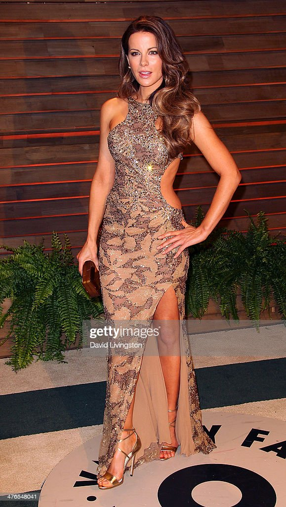 Actress Kate Beckinsale attends the 2014 Vanity Fair Oscar Party hosted by Graydon Carter on March 2, 2014 in West Hollywood, California.