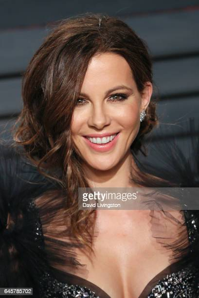 Actress Kate Beckinsale attends the 2017 Vanity Fair Oscar Party hosted by Graydon Carter at the Wallis Annenberg Center for the Performing Arts on...