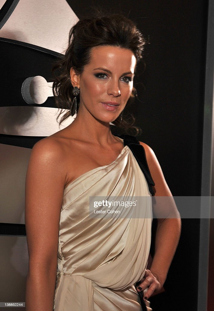 Actress Kate Beckinsale attends The 54th Annual GRAMMY Awards at Staples Center on February 12, 2012 in Los Angeles, California.