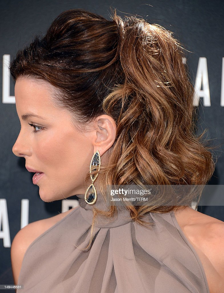 Actress Kate Beckinsale attends the photo call for Columbia Pictures' 'Total Recall' held at the Four Seasons Hotel on July 28, 2012 in Los Angeles, California.