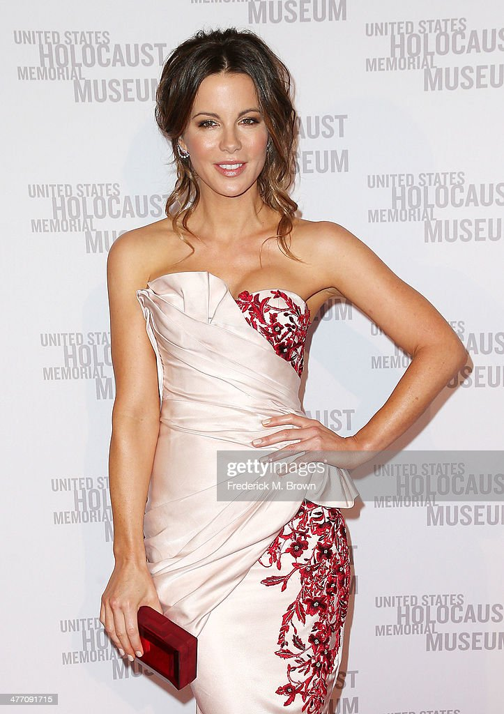 Actress <a gi-track='captionPersonalityLinkClicked' href=/galleries/search?phrase=Kate+Beckinsale&family=editorial&specificpeople=202911 ng-click='$event.stopPropagation()'>Kate Beckinsale</a> attends the United States Holocaust Memorial Museum Presents '2014 Los Angeles Dinner: What You Do Matters' at The Beverly Hilton Hotel on March 6, 2014 in Beverly Hills, California.