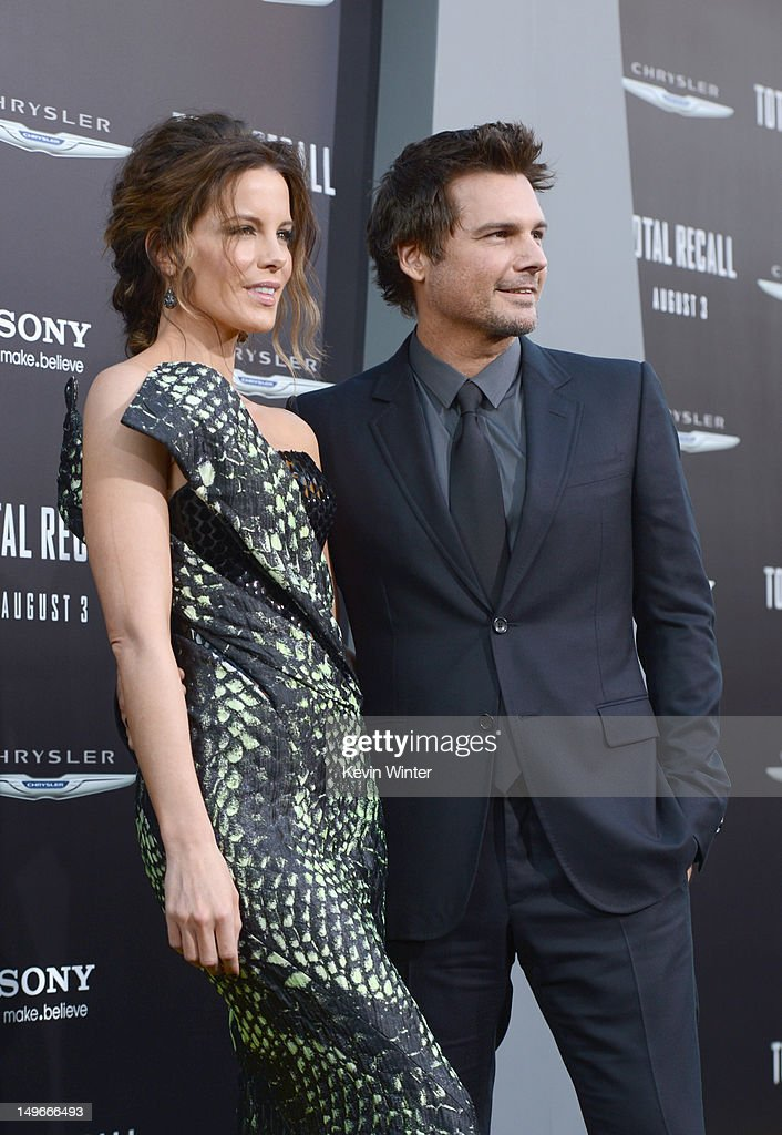 Actress Kate Beckinsale (L) director Len Wiseman arrive at the premiere of Columbia Pictures' 'Total Recall' held at Grauman's Chinese Theatre on August 1, 2012 in Hollywood, California.