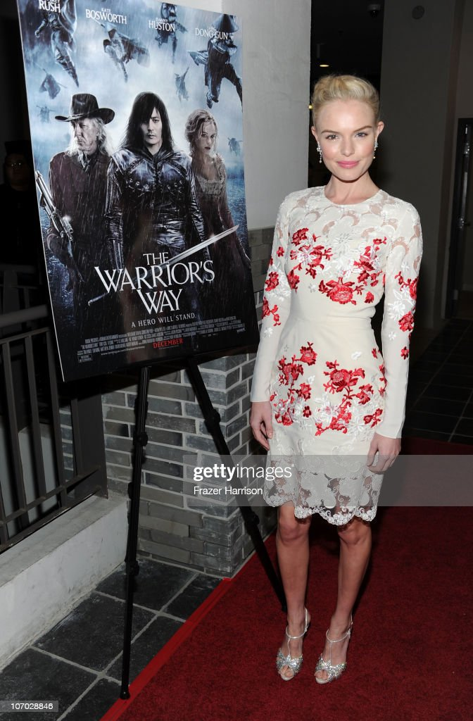 Actress <a gi-track='captionPersonalityLinkClicked' href=/galleries/search?phrase=Kate+Bosworth&family=editorial&specificpeople=201616 ng-click='$event.stopPropagation()'>Kate Bosworth</a> arrive at 'The Warrior's Way' screening held at CGV Cinemas on November 19, 2010 in Los Angeles, California.
