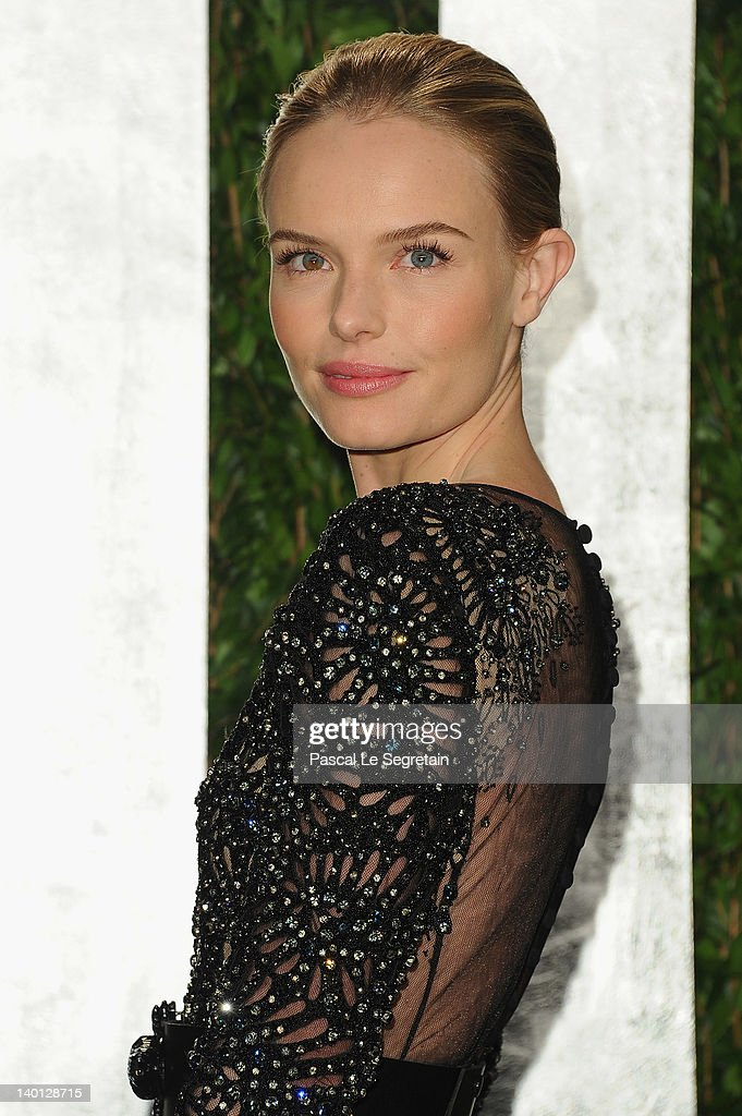 Actress <a gi-track='captionPersonalityLinkClicked' href=/galleries/search?phrase=Kate+Bosworth&family=editorial&specificpeople=201616 ng-click='$event.stopPropagation()'>Kate Bosworth</a> arrives at the 2012 Vanity Fair Oscar Party hosted by Graydon Carter at Sunset Tower on February 26, 2012 in West Hollywood, California.