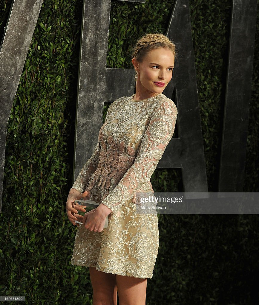 Actress Kate Bosworth arrives at the 2013 Vanity Fair Oscar Party at Sunset Tower on February 24, 2013 in West Hollywood, California.